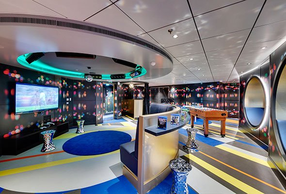 MSC-Seaview,-Young-Club.jpg