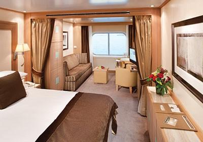 Seabourn-Odyssey-Suite-с-окном.jpg